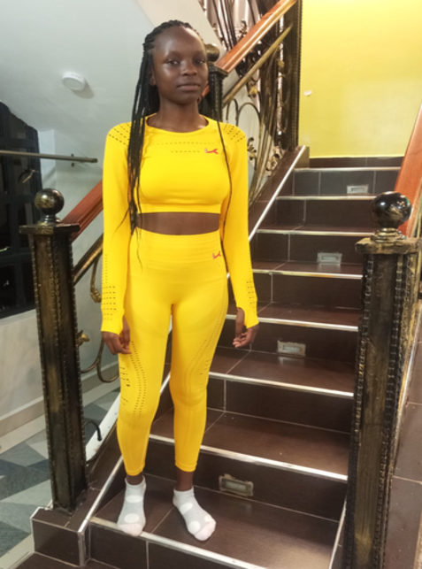 Kileleultra seamless crop top and leggings yellow